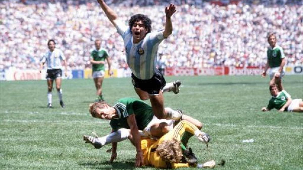 La lucha con FIFA, la hora de los ravioles y las patadas