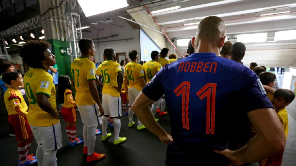 Fútbol a dos naciones