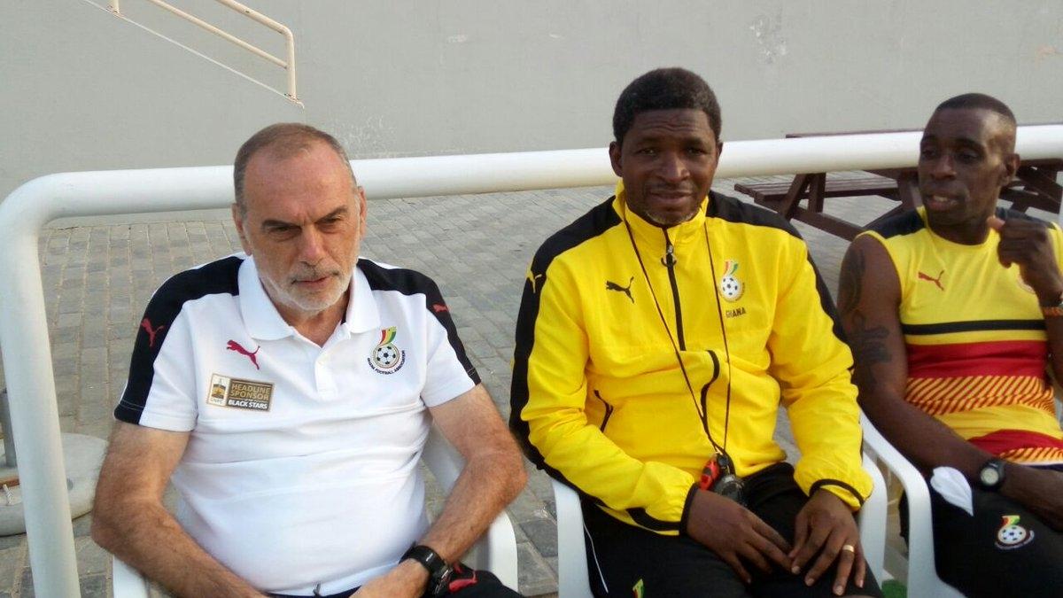 El ex entrenador de Chelsea aun no encuentra la mejor versión del potente representativo ghanés