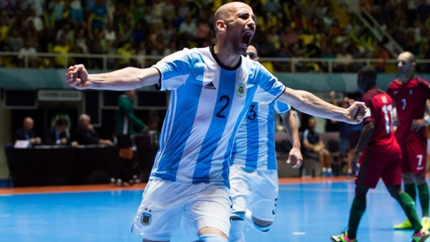 """Damián Stazzone: """"El futsal es un deporte popular y masivo"""""""
